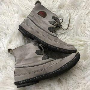 Sorel Joplin II grey leather suede moccasin boots